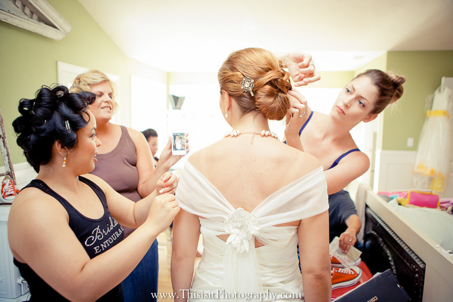 bride and bridesmaids hollister weddings