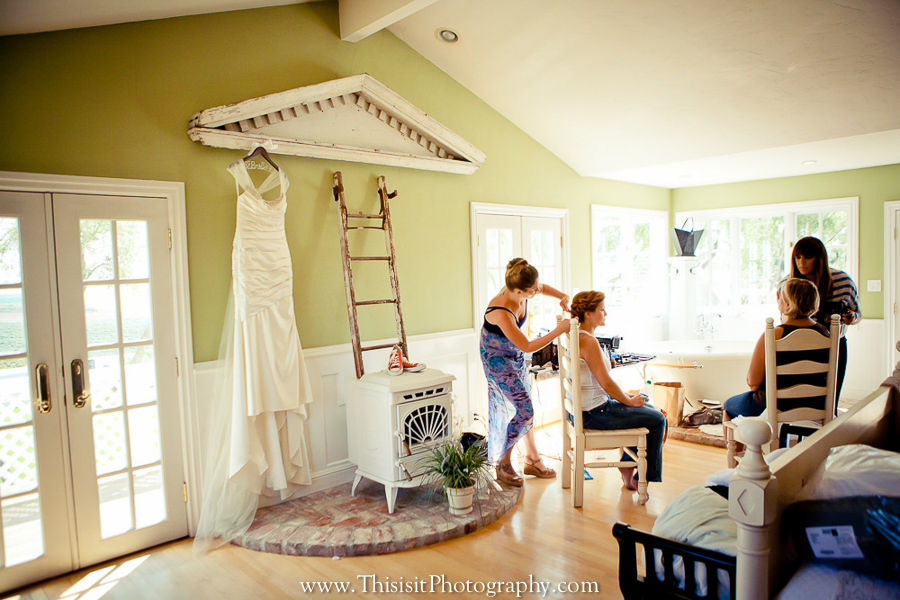 bride preparation photo